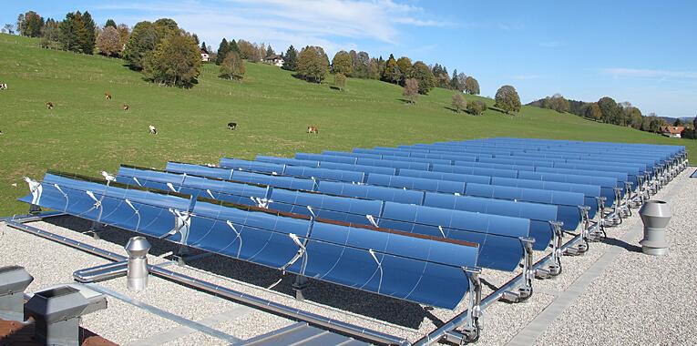 © NEP Solar, 630 m² Parabolrinnenkollektoren bei der Fromagerie de Saignelégier (CH)